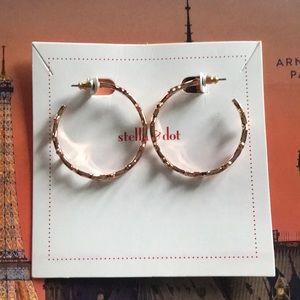 Stella & Dot rose gold hoop earrings